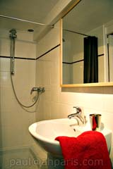 Ah Paris vacation apartment 124 - sdb