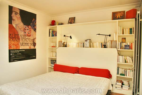 Ah Paris vacation apartment 187 - chambre