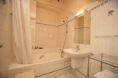 Ah Paris vacation apartment 197 - sdb