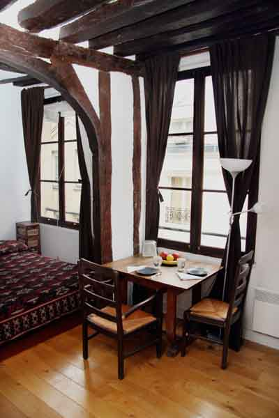 Ah Paris vacation apartment 322 - sam