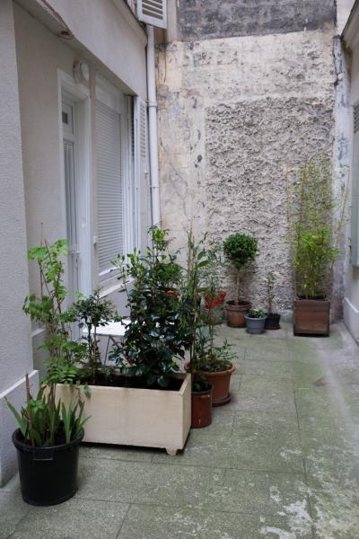 Ah Paris vacation apartment 360 - immeuble