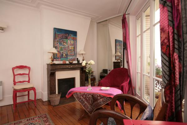 Ah Paris vacation apartment 365 - salon6