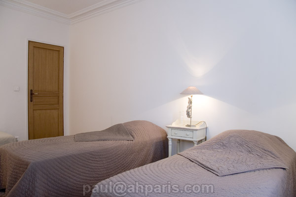 Ah Paris vacation apartment 371 - chambre_2