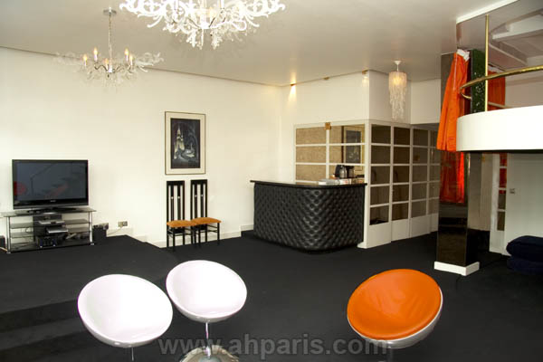 Ah Paris vacation apartment 381 - salon3