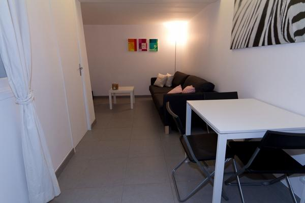 Ah Paris vacation apartment 387 - salon3