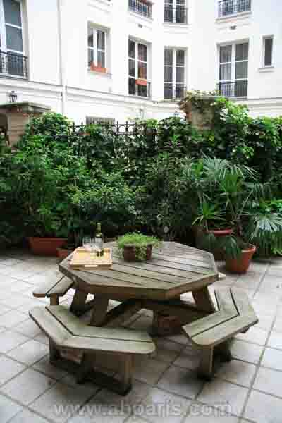 Ah Paris vacation apartment 391 - terrasse