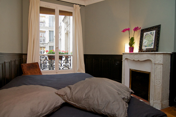 Ah Paris vacation apartment 398 - chambre