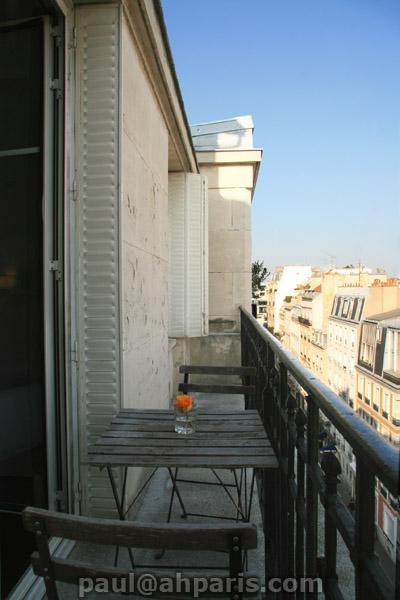 Ah Paris vacation apartment 412 - balcon2