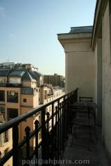 Ah Paris vacation apartment 412 - balcon3