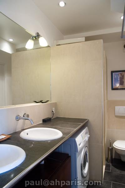 Ah Paris vacation apartment 412 - sdb