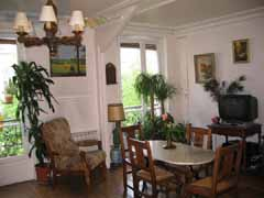 Ah Paris vacation apartment 92 - salon